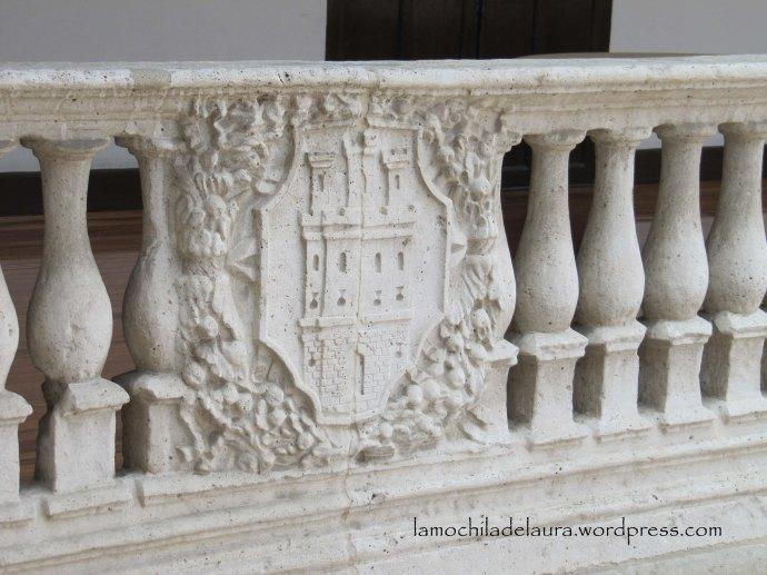 Palacio real escudos